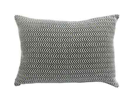 modern_decor_cushion_for_living_room